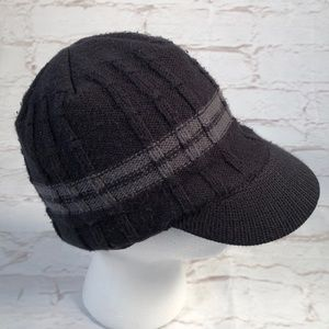 Columbia knit hat.